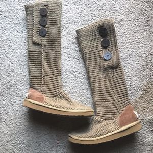 UGG Tall Cardy Knit Boot Sz 6